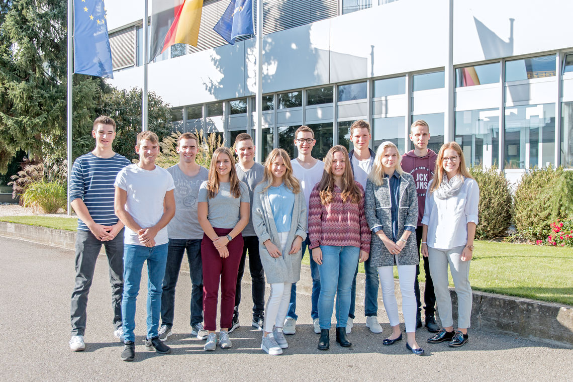 The 12 new Cooperative State University (DHBW) students on the interactive initiation programme. Photo: GEZE GmbH