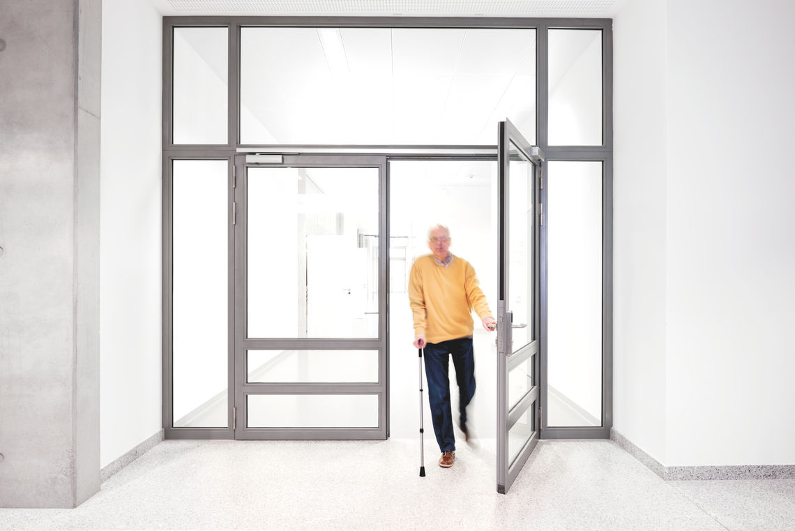 Complex door and safety technology by GEZE is helping to fulfil the stringent preventive fire protection and accessibility requirements of the new atrium of the Robert Bosch Hospital.