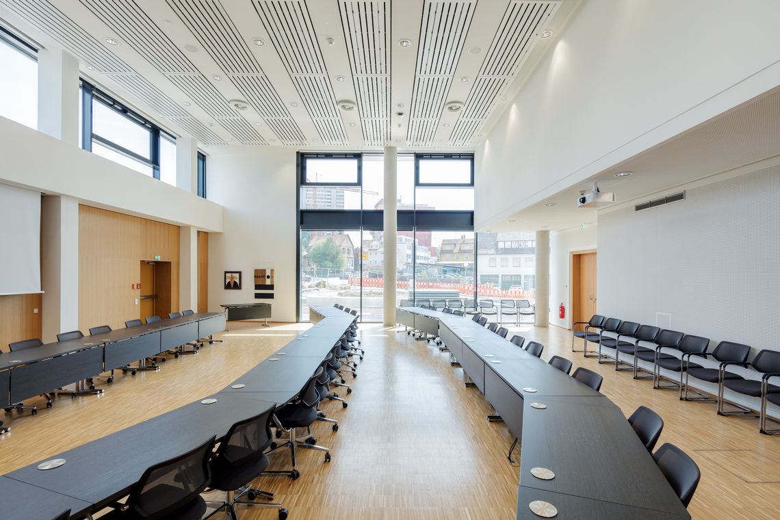 Meeting rooms, conference rooms and schools often become hot and stuffy,  but, natural ventilation via automatically controlled windows can provide an energy-efficient solution. Natural ventilation provides fresh air, improves indoor air hygiene and increases wellbeing.
