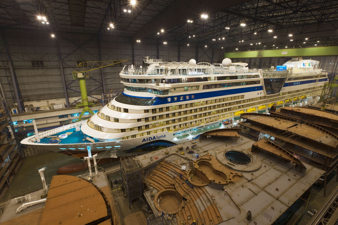 The new flagship of the AIDA fleet: AIDAluna in the construction dock.