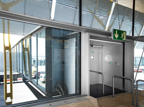Swing door to the outdoor area of the airport terminal
