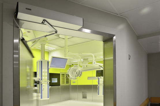 TSA 160 NT in the children's hospital operating theatre
