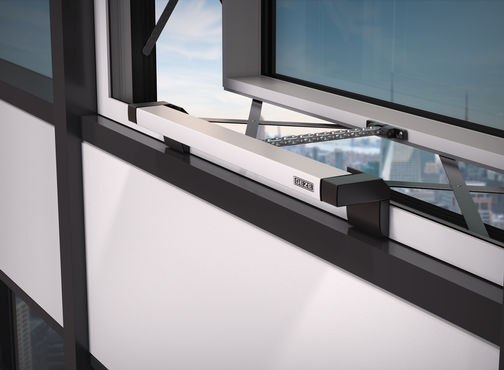 Parallel opening vent windows for a climate-active façade A true design highlight.