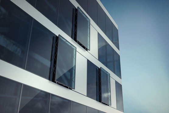 Parallel-opening vent windows for a climate-active façade A true design highlight