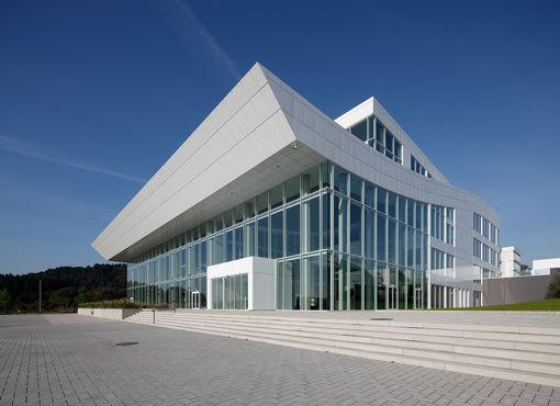 DEU NRW Gummersbach Architektur ABUS Kransysteme