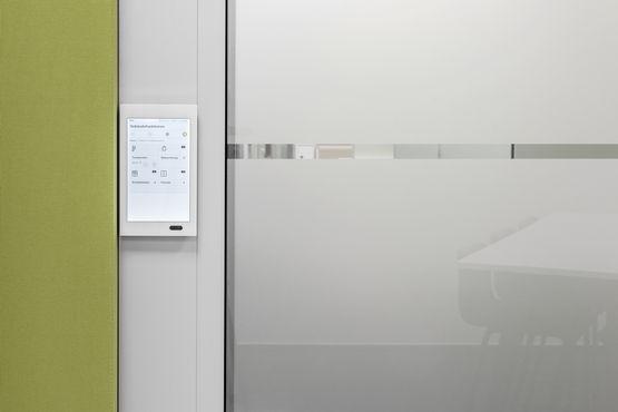 Touch Panels ermöglichen die Bedienung über Display.