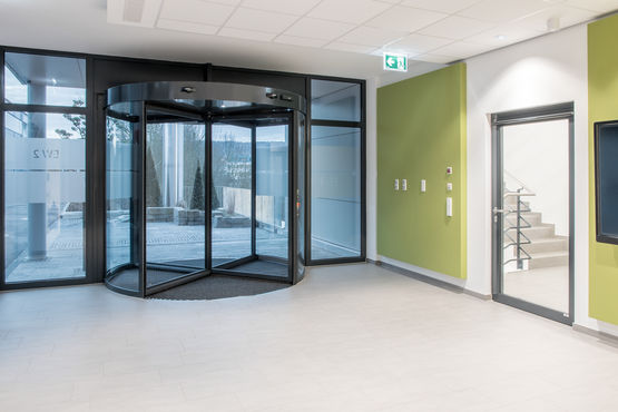 The entrance area of the new development centre. Photo: GEZE GmbH