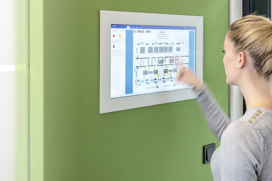 Smart control: Lights, windows, doors, indoor climate, or media technology are controlled by touch panels.