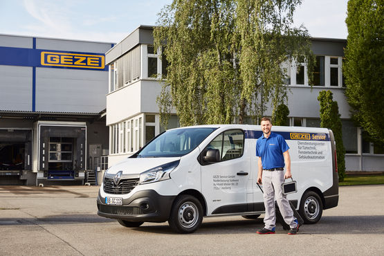 Employee photo shoot, Photo shoot, Employee, GEZE, Sales force, Installation, Assembler, GEZE Service