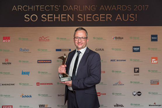Award, Auszeichnung, Gold Auszeichnung, Architects Darling Award, Automatiktüren, Preis
