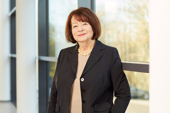 Brigitte Vöster-Alber has been the CEO of GEZE GmbH since 1968. Image: Karin Fiedler for GEZE GmbH