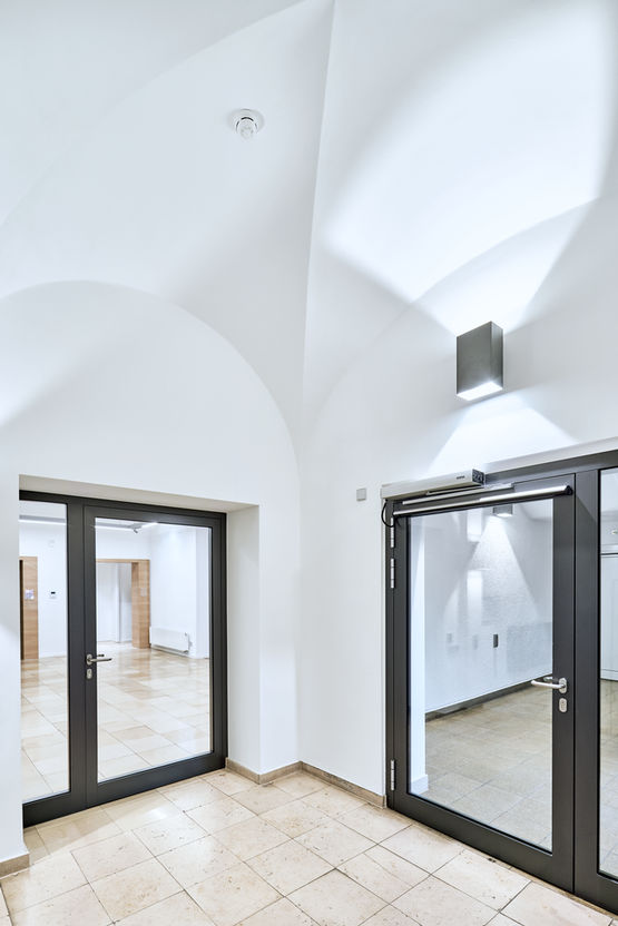 El kit de extensión inalámbrica FA GC 170 la solución ideal para edificios protegidos.