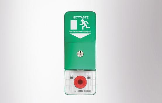 SecuLogic sustav evakuacijskih putova, nadžbukna centrala, upravljanje s tipkom za slučaj nužde i tipkalom s ključem s pločom s evakuacijskim putom osvijetljen