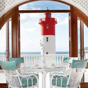 Hochmoderne Fenstertechnik im exquisiten Design: Das Oyster Box Hotel in Durban.