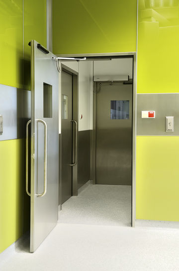 TSA 160 NT-F swing door systems.